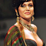 Bollywood actress Mandira Bedi in Kolkatta Fashion Show