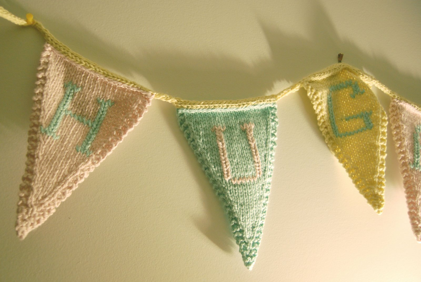 Bunting Knitting Pattern : Bridget Arnold: Knitted Bunting