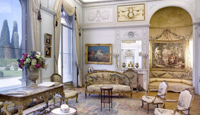 le blog digressif 01 10 09 01 11 09. Black Bedroom Furniture Sets. Home Design Ideas