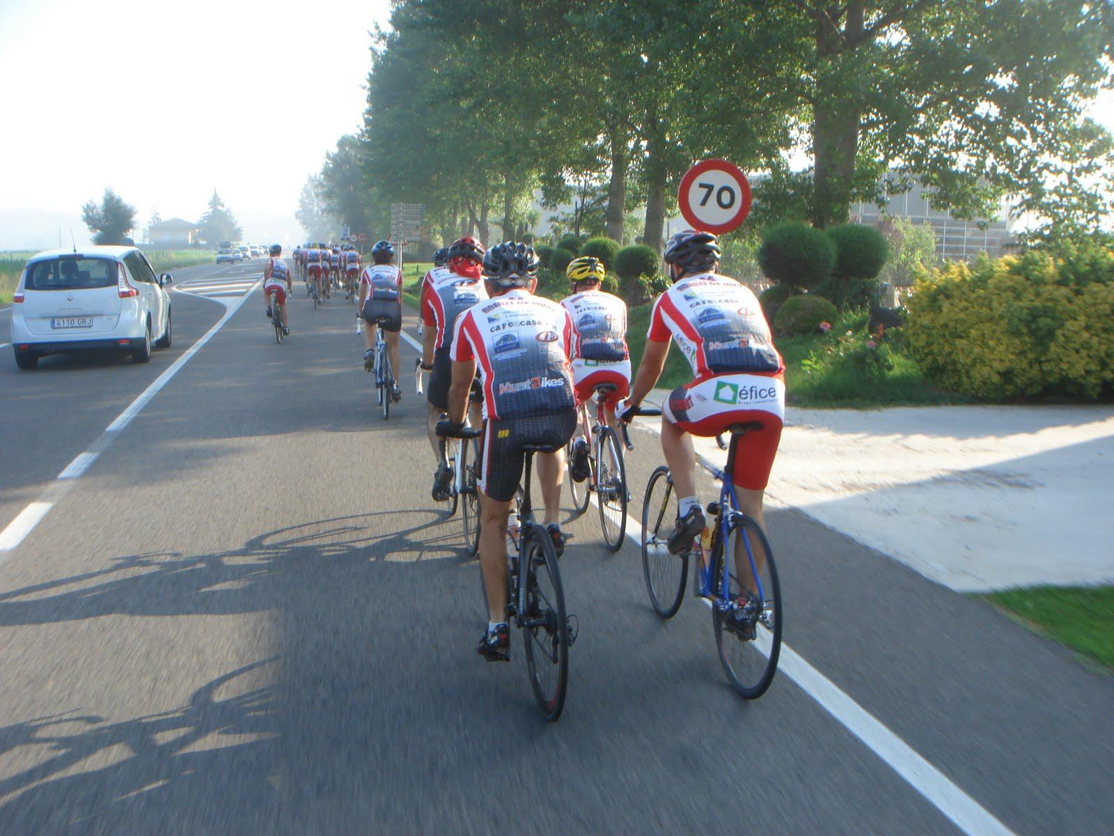 28 ciclistes del Club Ciclista Arenys de Munt reprenen la tradicional pujada a Andorra en bicicleta de carretera
