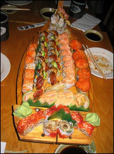 http://1.bp.blogspot.com/_Gdaw4TUUkdw/TFuvKoGBijI/AAAAAAAADQs/7mo2l_9bkHQ/s1600/sushi_boat_port_orange.jpg