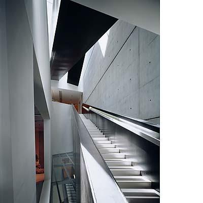 architect profile zaha hadid. Black Bedroom Furniture Sets. Home Design Ideas