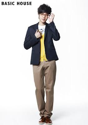Salieron las primeras fotos de Kim Hyun Joong del CF! 20100112103718736