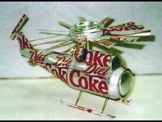 Helicóptero con latas recicladas