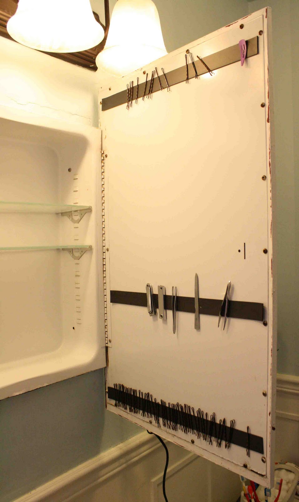 Medicine Cabinet Magnet Superwoman 2 Minute Bathroom Organization