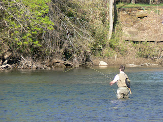 The southern highlands on a fly rod hiwassee river for Fly fishing chattanooga