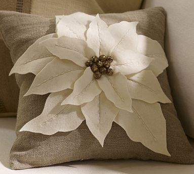 Spartan Living: Poinsettia Pillow Tutorial