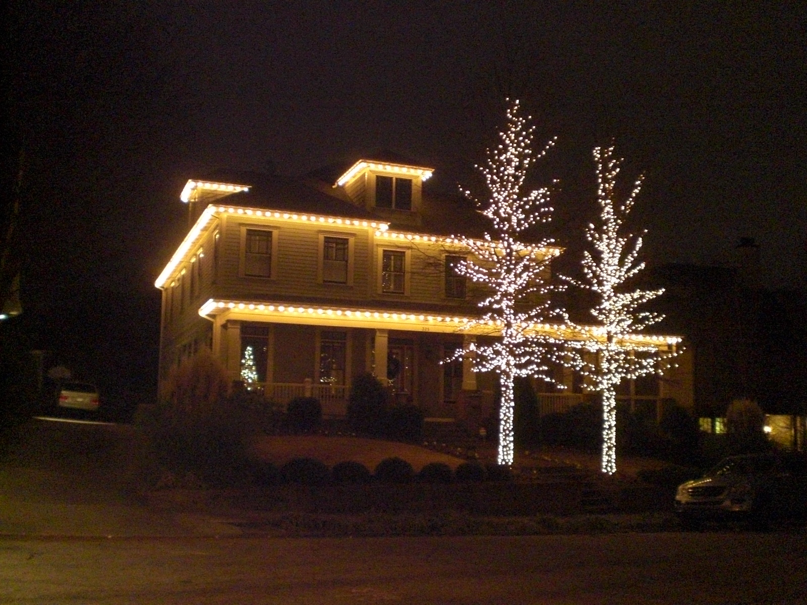Viva cindy the christmas light pros of atlanta at your - Christmas lights house ideas ...