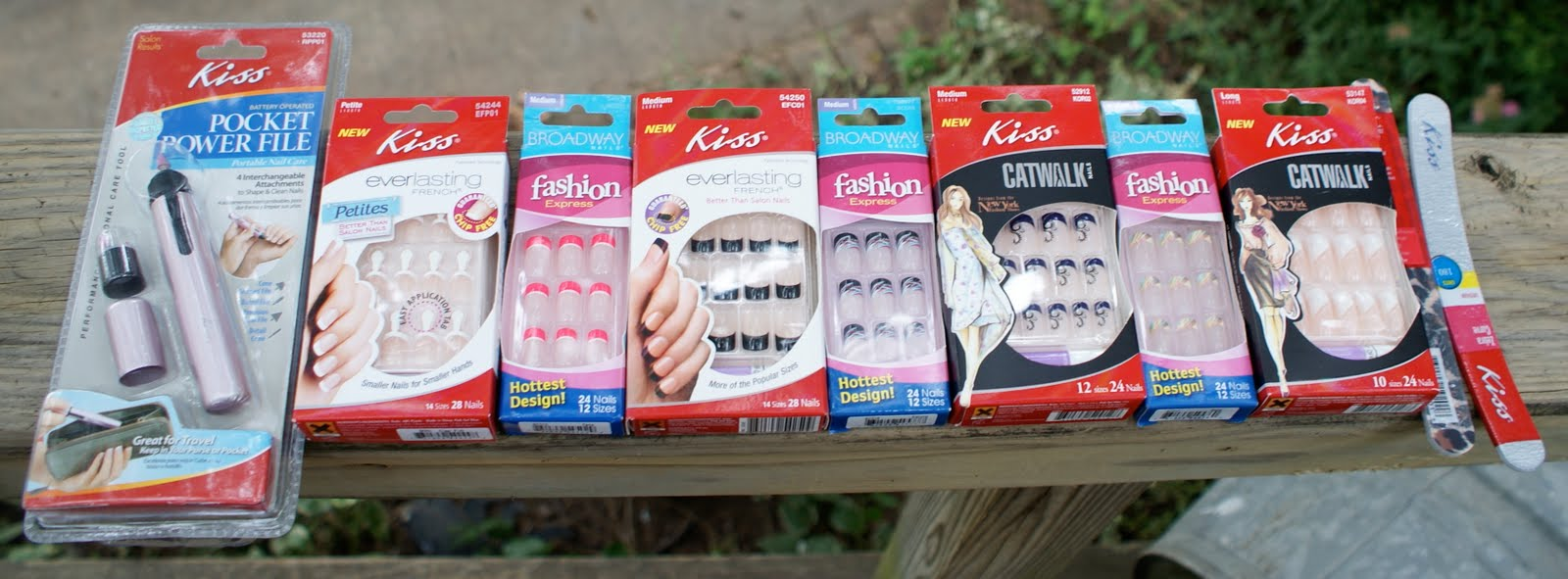 Babbling Brooke: Prize Time!! Prizes from Kiss Nails