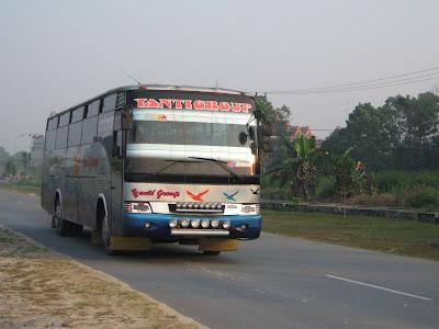 Bus Yanti Group Jurusan Dumai - Bukittinggi Terbakar, 14 Penumpang Hangus Terbakar