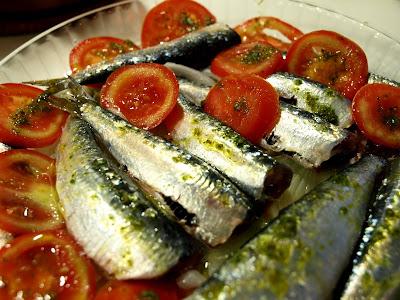 Sardinas al horno con ensalada  P5278741