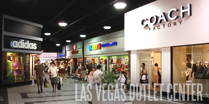 Las Vegas Outlet Center Gambles on Construction