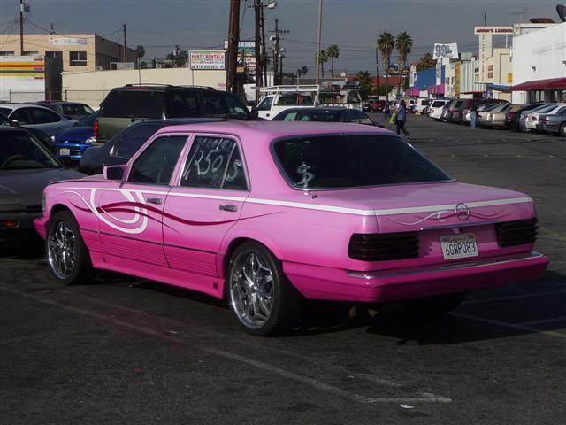 Pink mercedes for Pink mercedes benz