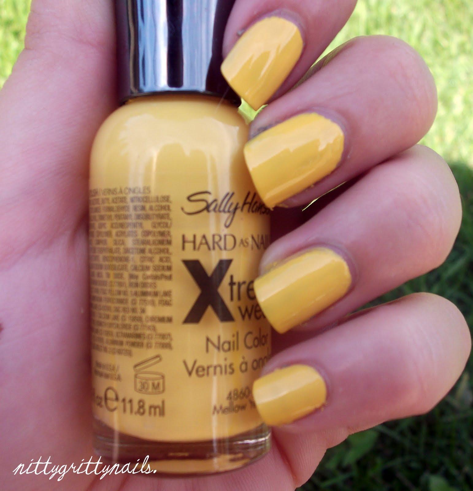 Sally Hansen Xtreme Wear Mellow Yellow