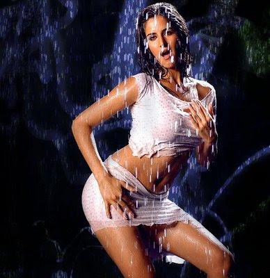 Bollywood actress katrina kaif hot actions