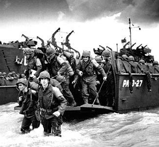 us enters world war 1 essay