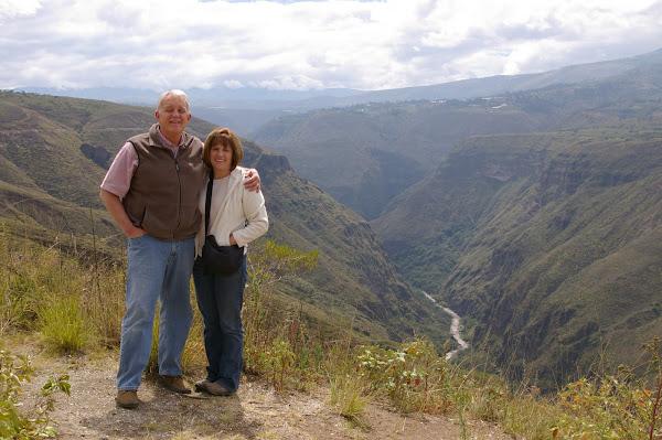 Kim and Gaye in Otavalo, Ecuador