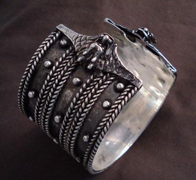 [silver+bracelet]