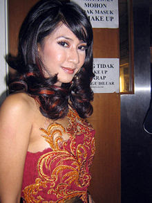 cut memey cantik, sexy indonesian actress, hot models, hot bikini models