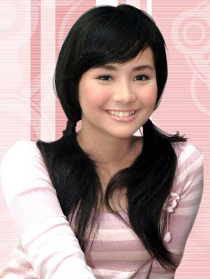 Penyanyi Cantik Seksi Gita Gutawa Imut Cute