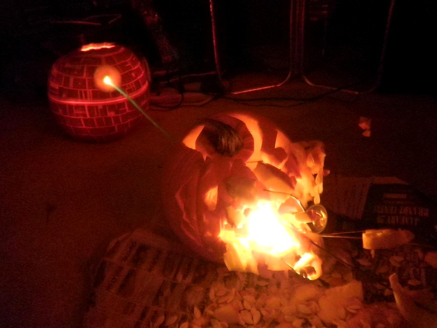 Shaun dre says quite possibly the best pumpkin carving ever