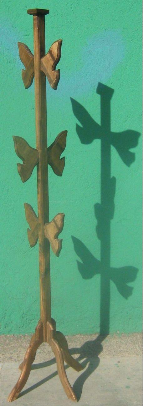 Dise o arte y manualidades todo para decoraciones for Percheros en madera