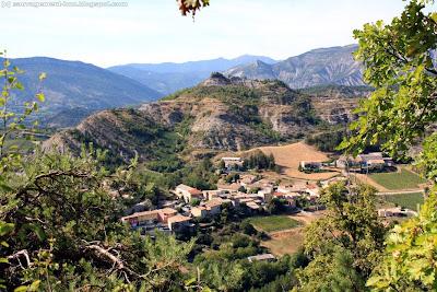 Aurel, dans la Drôme, près de Die. Ne pas confondre avec Aurel, Vaucluse.