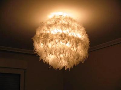 Una lámpara de plumas