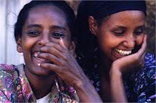 ragazze africane che ridono