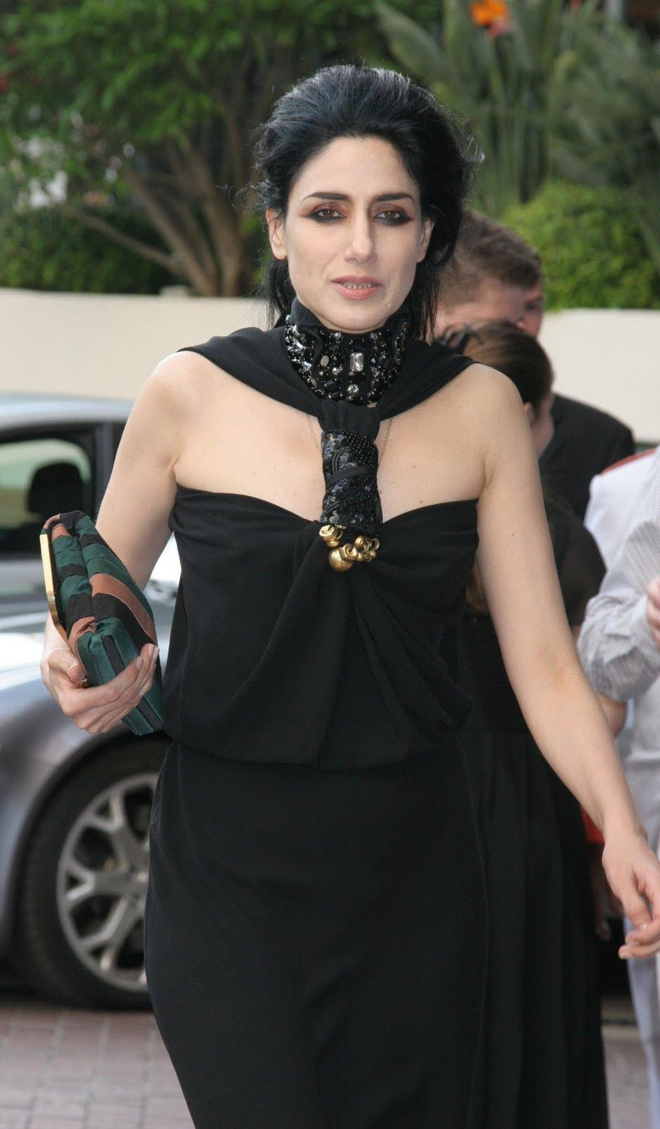 The Black Wardrobe 39 S Blog Style Icons Ronit Elkabetz Who