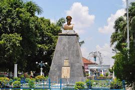 MONUMEN YOS SUDARSO