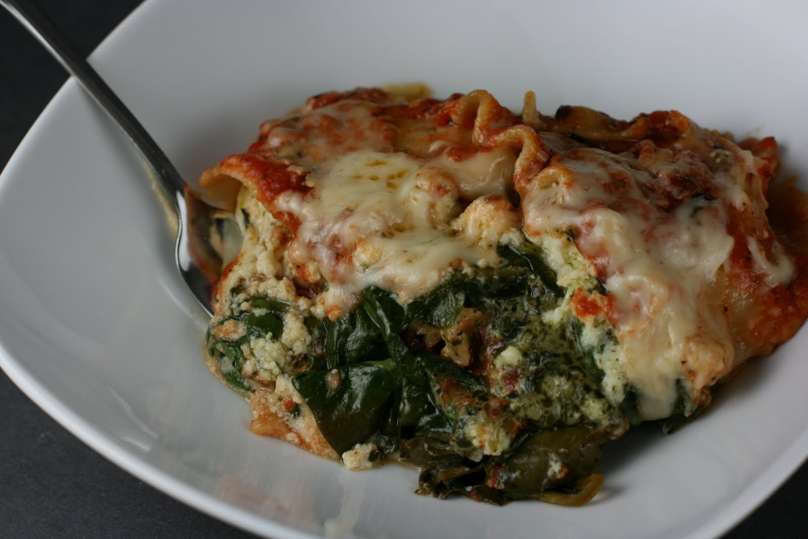 Year of Slow Cooking: Slow Cooker Pesto Spinach Lasagna Recipe