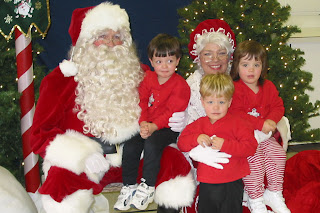 The Kidlets meet Santa and Mrs. Claus