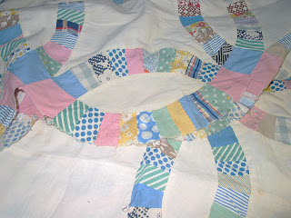 Vintage Double Wedding Ring Quilt In Need of Rescue