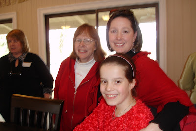 Angela Huffman with mother Marilyn and daughter Emily
