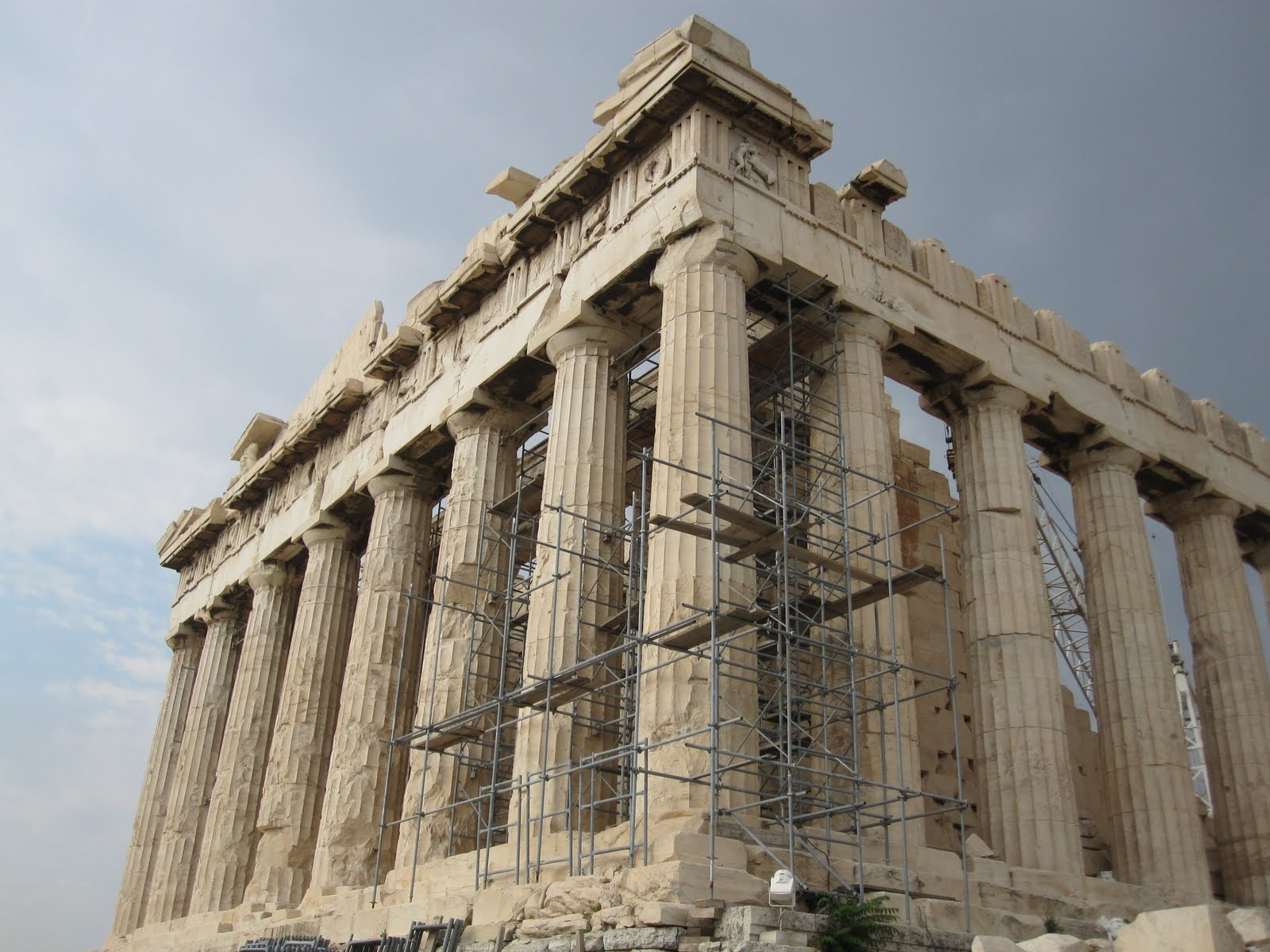 Parthenon Roof Amp Reconstruction Of The Destroyed Parthenon