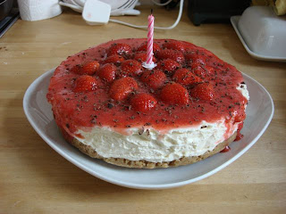 homemade strawberry cheesecake