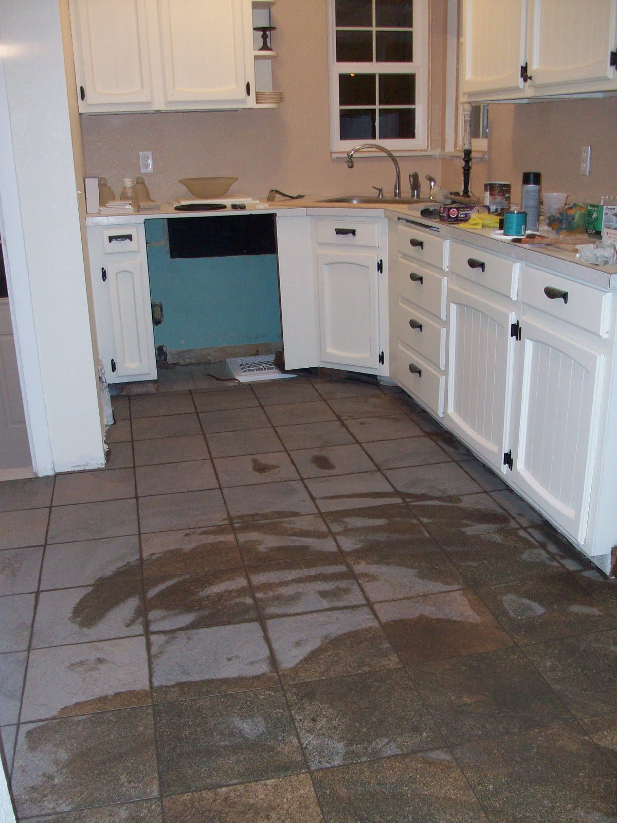 how to clean kitchen floor grout