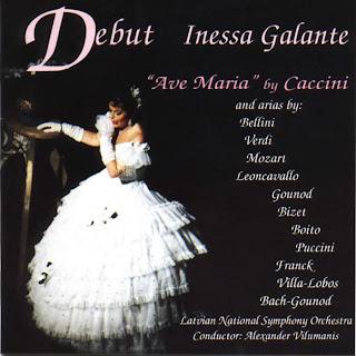 Inessa Galante Debut. Ave Maria Caccini