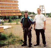 Affe och bloggaren vid Kalixälvens strand sommaren 2002