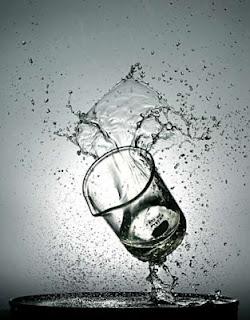 Ly và Nước... Ly%5B1%5D