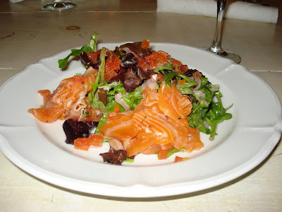 Domku: Salad with house cured gravlox