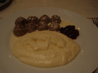 Domku's Swedish meatballs with lingonberry jam
