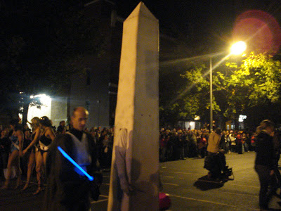 High Heel Races: The Washington Monument...and, um...Obi Wan Kenobi?