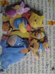 winnie and friends wishing happy Birthday