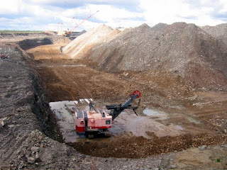 Open pit shale extraction