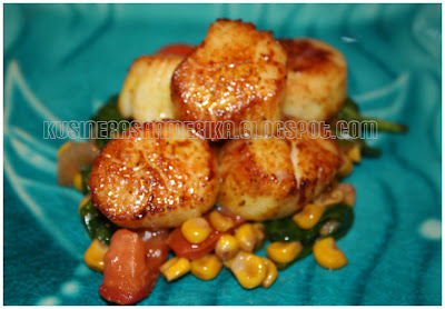 Sauteed Scallops with Corn Salsa