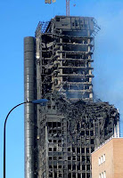 windsor bldg in madrid burned for 28 hours without collapsing