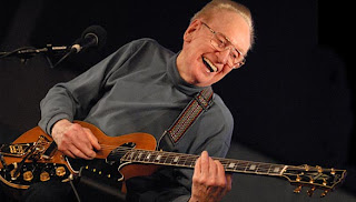 les paul, guitar legend/inventor, dies at age 94