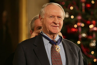 william safire, columnist & nixon speechwriter, dies at 79